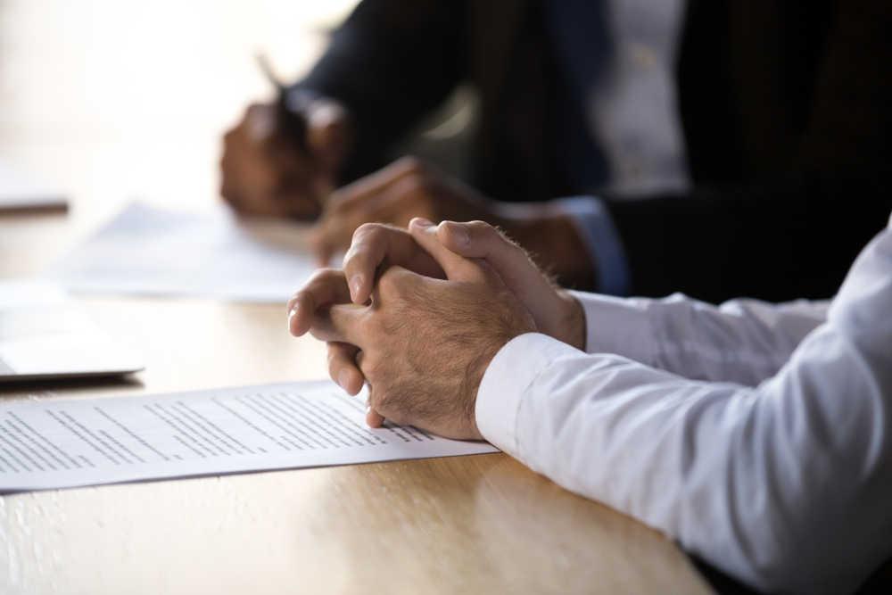 El procurador: el mejor remedio para los interminables procesos legales